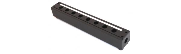 MTI Metall-Stagebox, 8 Bohrungen, Cutout D-Serie