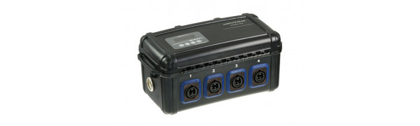 Neutrik opticalCON Breakout Box mit power Monitor, 1x QUAD In, 4x DUO Out, Single Mode APC, grün