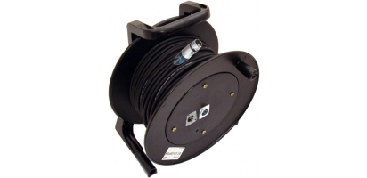 MTI Digital Micro-Cable, XLR-fem./XLR-fem./male im Kern 3p., Trommel, 100,0 m